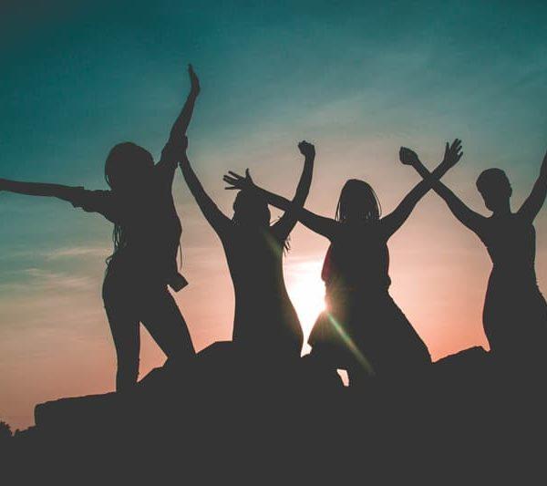 friends in sunset, friendships and self-esteem, Fort Lauderdale, FL